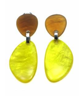 Culture Mix geel met bruine oorclips met parelmoer effect