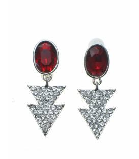 Oorclips met rode strass steen en driehoekige hangertjes bezet met heldere strass steentjes