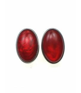 Rode ovale oorclips met kunsthars inleg
